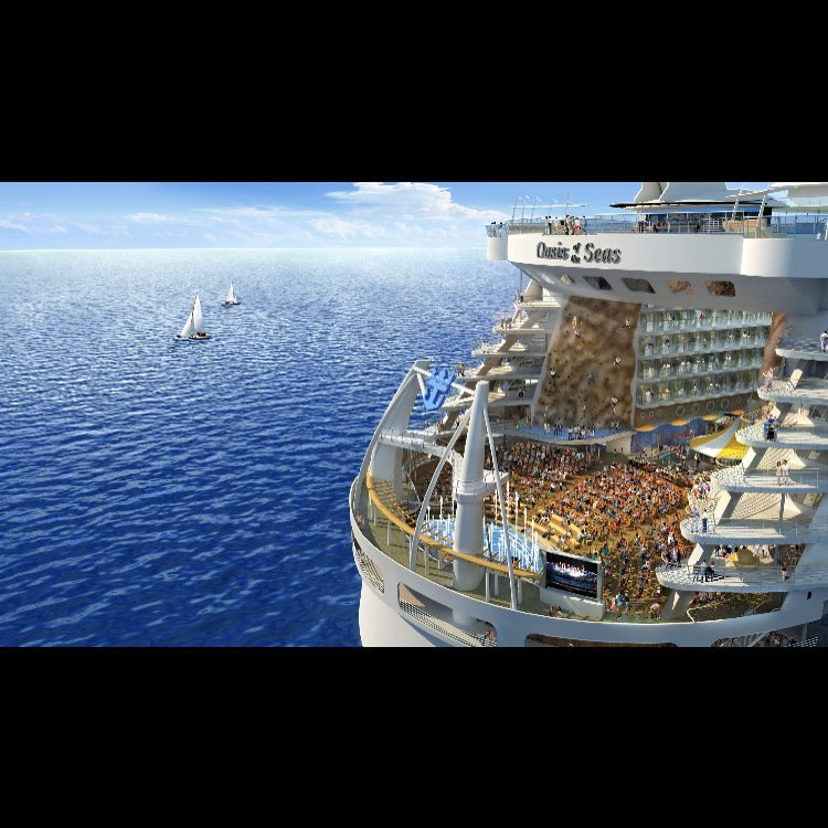 The Oasis of The Seas is the largest cruise shiphellip