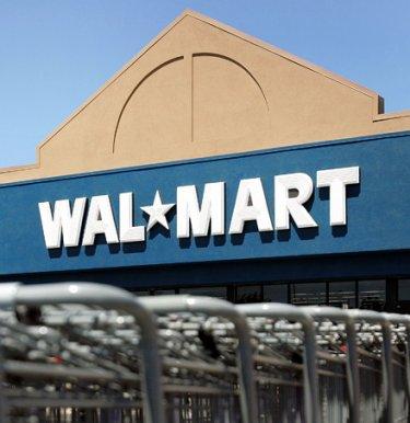 Wal-Mart Gets 6000 Applicants