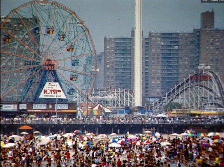 <em>Coney Island, back in the day. You can tell from the Hot97 sign.</em>