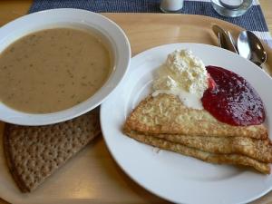 pea_soup_pancakes