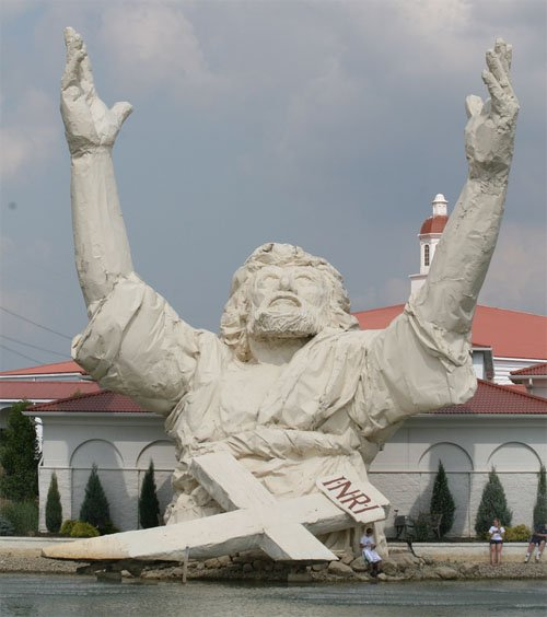 King of Kings Statue