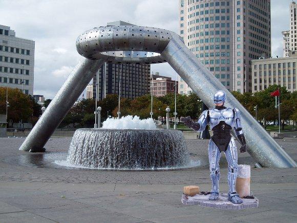 Robocop Statue - Detroit