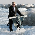 Extreme Ironing - Suit and Snow