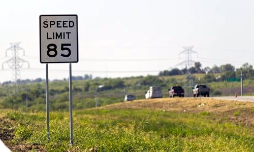 Texas Sets 85 mph Speed Limit