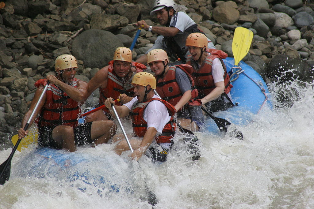 White water rafting is one of the top outdoor activities in Costa Rica ... photo by CC user Costaricapro on wikimedia commons