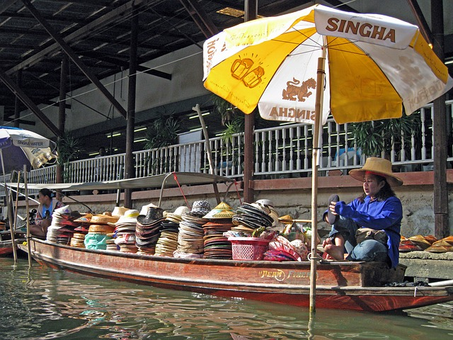 floating-market-993680_640