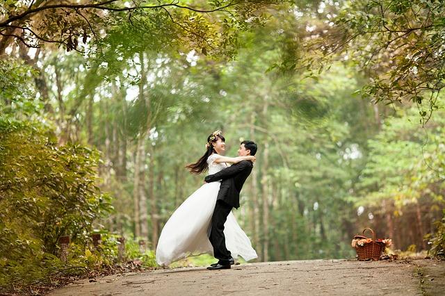 wedding-443600_640