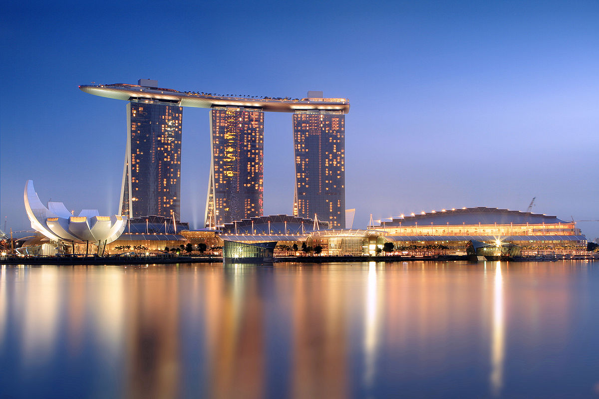 Marina Bay Sands is one of the most beautiful Casino Resorts around the world ... photo by CC user Someformofhuman on wikimedia commons