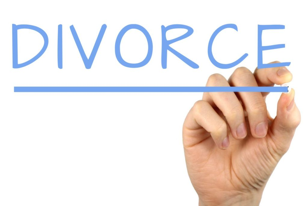 how to move on from divorce