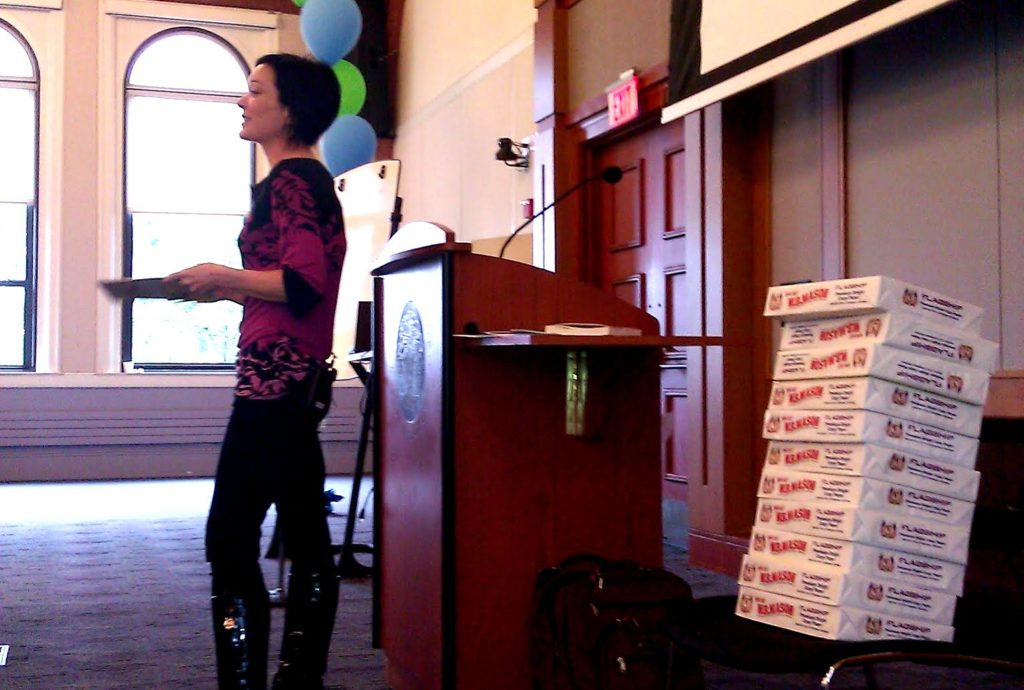 wikimedia_foundation_director_sue_gardner_speaking_at_simmons_college_on_the_wikipedia_public_policy_initiative